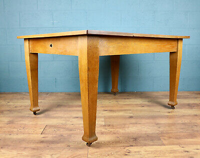 Arts and Crafts Oak Dining Table (100827)