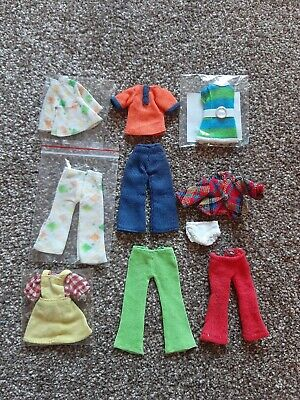 Vintage 1970s Palitoy Pippa Doll Clothes Bundle (2)