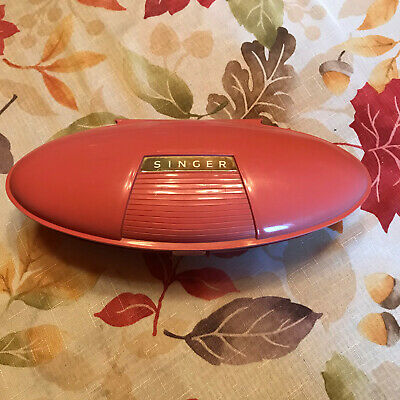 VTG mid century Retro Pink Singer button holer in clamshell case preowned