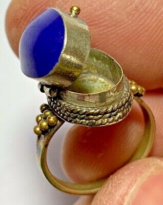 EXTREMELY RARE EGYPTIAN SILVER RING JEWELED PILL BOX LAPIS LAZULI STONE 3.7gr