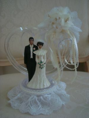 Bride & Groom Cake Topper With Two Interlocking Hearts *So Pretty* New Old Stock