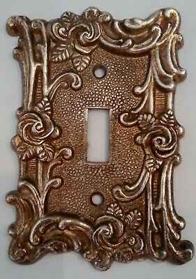 Vintage American Tack and Hardware 1967 Victorian Rose Light Switch Plate