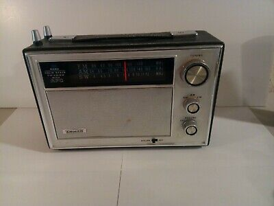 EMDEKO SOLID STATE AM-FM-SW WITH AFC MODEL EZ-16 HAND SADDLE-STITCHED receiver