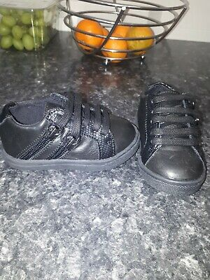 brand new baby boys river island shoes size c3