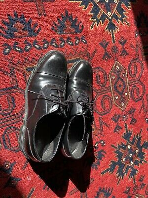 Doc Martens Womens Patent Leather Shiny Lace Up Oxford Shoes Black Size 9