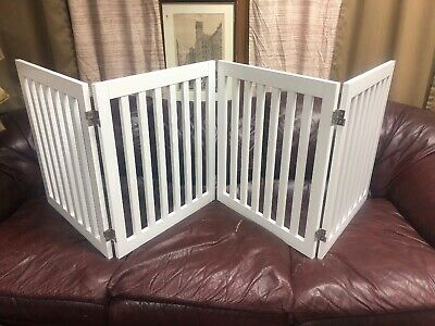 Universe Home Four Panel Free Standing Pet Dog Baby Gate New Returned Item