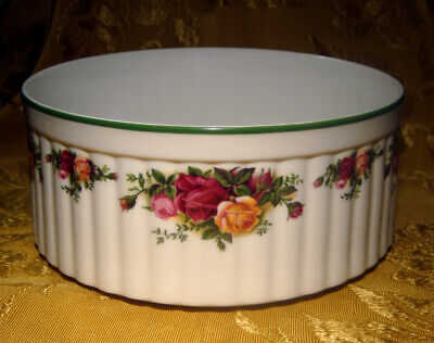 """Royal Albert Old Country Roses/Country Bakeware Souffle 8 3/4"""" Green Trim Englan"""