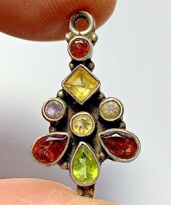 LATE MEDIEVAL ISLAMIC OTTOMANS SILVER PENDANT WITH BRILIANDS STONES 4gr 27mm