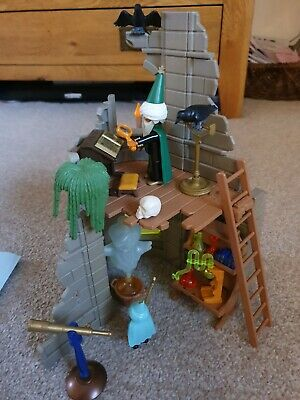 Playmobil 3839 Vintage Wizard With Apprentice Castle Ruin 100% Complete.