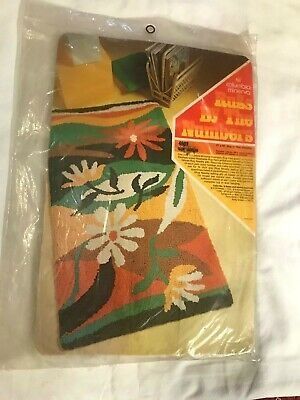 """Vintage Columbia Minerva Rugs By The Number Hook Rug Pattern #4803 """"Contempo"""""""