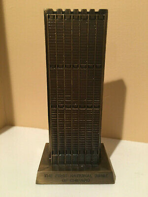 """Vintage Banthrico Cast Iron """"The First National Bank Of Chicago"""" Coin Bank w/Key"""
