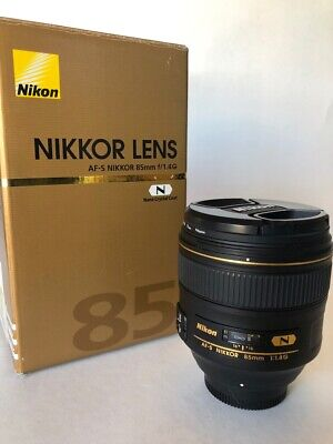 Nikon NIKKOR AF-S 85 mm f / 1.4 G f1.4G Prime Lens USA w/box & extras Excellent