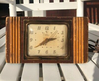 Vintage Electric Art Deco Telechron Nightstand/Mantle Clock