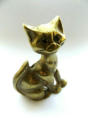 Beautiful Antique Vintage Solid Brass Sitting Cat Ornament Figurine Paperweight.