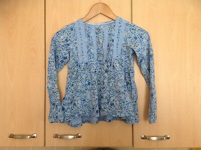 Lovely Blue Floral Top For  Childrens Aged 9-10 In  Good Clean Condition