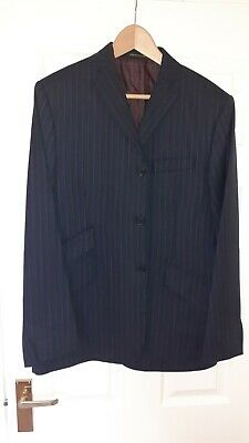 DNA Groove Navy Blue Suit size 40