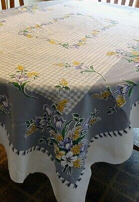 """Vintage 1950s Cotton Printed Floral TABLECLOTH, Gingham Flowers 60"""" x 80"""", Gray"""