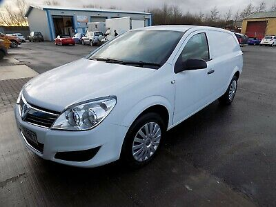 Superb Vauxhall Astra Van 1.3 Cdti Club Low Milage Only 43000 Miles Full Mot