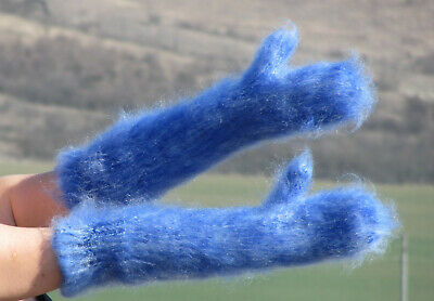 IVORY & ROYAL BLUE long mohair mittens thick warm handmade soft ski hand warmers