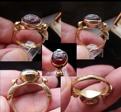 Ancient Roman Carved Carbuncle Garnet Bull Intaglio Vintage 14 K Gold Seal Ring