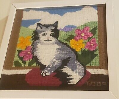VINTAGE 1980s Framed Cross Stitch, Framed Cat 1989