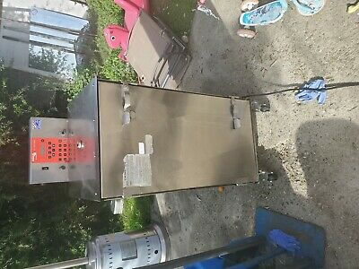 Cookshack SM160, 120v Commercial BBQ Meat Smoker.