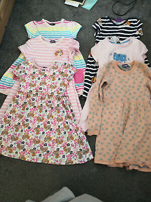 Lovely bundle of summer dresses size 5-6 years (110-116 cm)