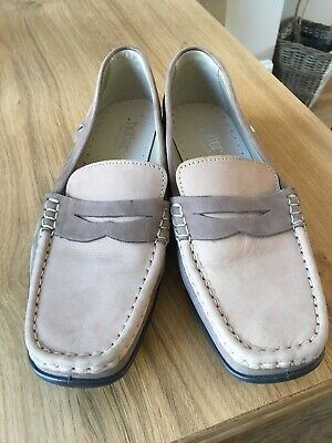 Ladies Hotter Etna Loafers Beige Size 7.5 Leather Flat Comfort