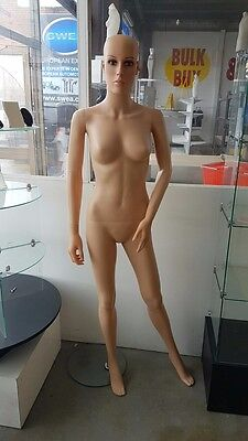 Female mannequin with stand. Movable joints. Available now!!! Cheap