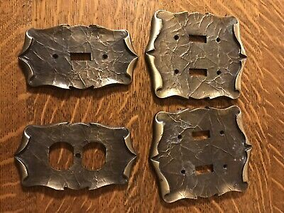 VTG Amerock Hardware Antique Brass CARRIAGE HOUSE 4 Wall Plate Covers Light