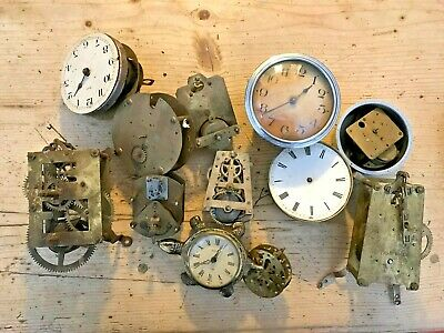 ** Large Lot Of Assorted Antique Clock Movements **