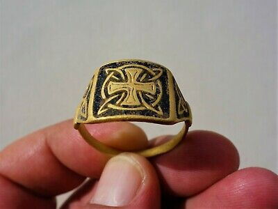 Gold Middle Ages Crusades time,Champlevé,glass inlay Ring, Celtic - Irish Cross