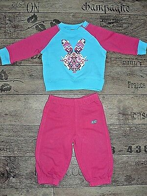 Nike girls tracksuit size 6-9 months