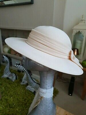 Nude Palest Salmon  Ladies Wedding Hat Formal Church Sunday Best Races Occasion