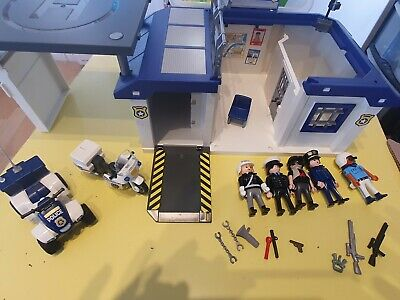 Playmobil 5917 Take Along Police Station with extras