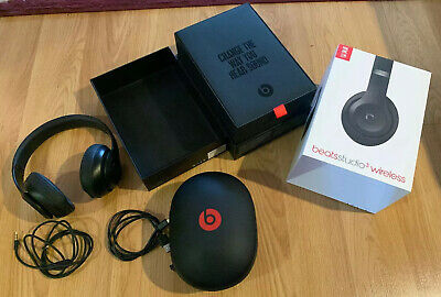 Beats by Dr. Dre Studio3 Wireless Over the Ear Headphones - Matte Black Used