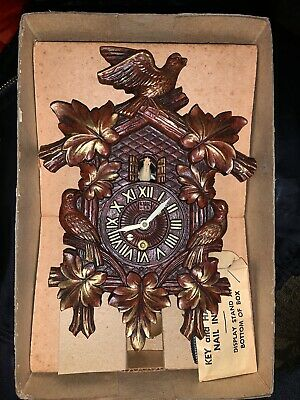Antique 1950's LUX Animated Dove Cuckoo Style Pendulette Wall Clock #314