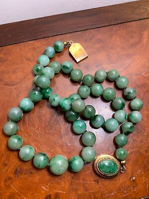 Beautiful Chinese Antique Jadeite Beads Necklace With 14Kt Gold Clasp
