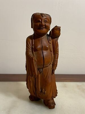 Beautiful Chinese Qing Period Carved Solid Wood Antique Figurine With Frog