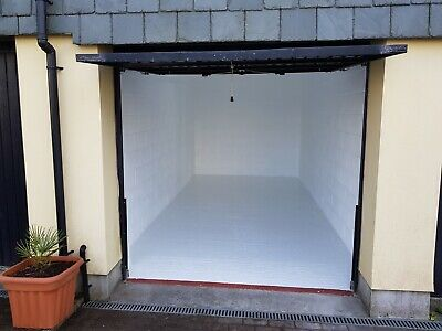 EXCEPTIONAL Garage/Store for rent