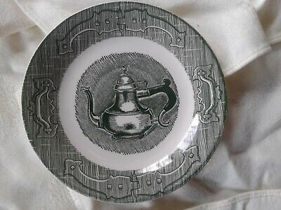 Vintage Royal China The Old Curiosity Shop Saucer Green & White