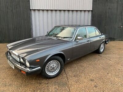 Stunning 1986 Jaguar sovereign 4.2 **48,488 miles from new ***SOLD***