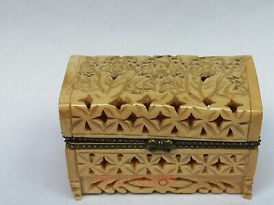 Collection Ornament Asian China Old Hand Carved Lovely Owl Jewelry Snuff Box
