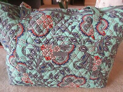 Vera Bradley Carry On Travel Tote Overnight Bag Fan Flowers Print New With Tag
