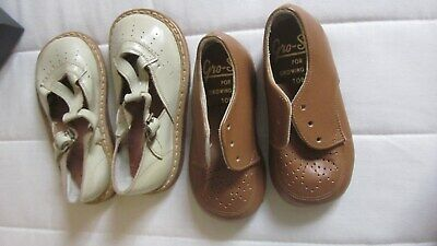 1950,s 2x pairs of orig vint childs hand made shoes.Size 3