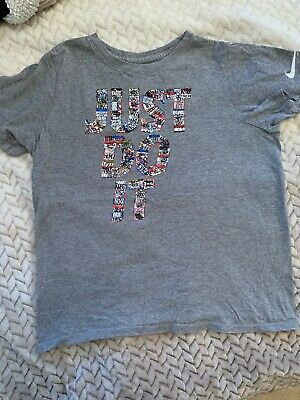 Girls Nike Tee Shirt Age 12-13 Just Do It
