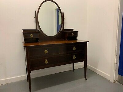 An Attractive Mahogany Dressing Table with Central Mirror Stand & Inlaid Detail