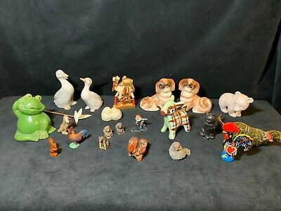 A Fabulous Job Lot Collection of Mainly Porcelain Animal Figures - 22 Pieces!!