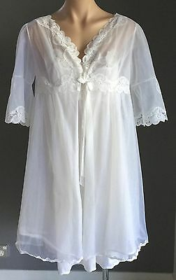Vintage Set OSTI Size 36/10  BRI NYLON White Dressing Gown / Robe & Nightie Set