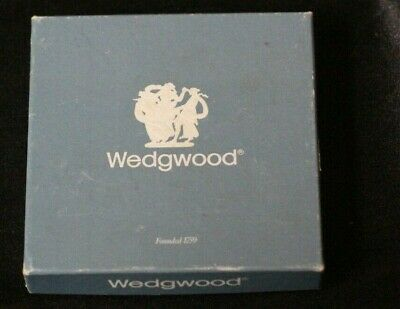 Vintage Wedgwood Jasperware England Money Tray Blue White w/Original Box, Mint